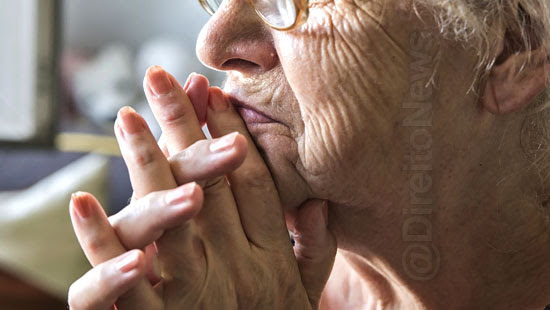 projeto 60 65 anos idosa direito