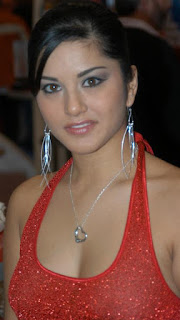 Sunny Leone red dress wallpaper