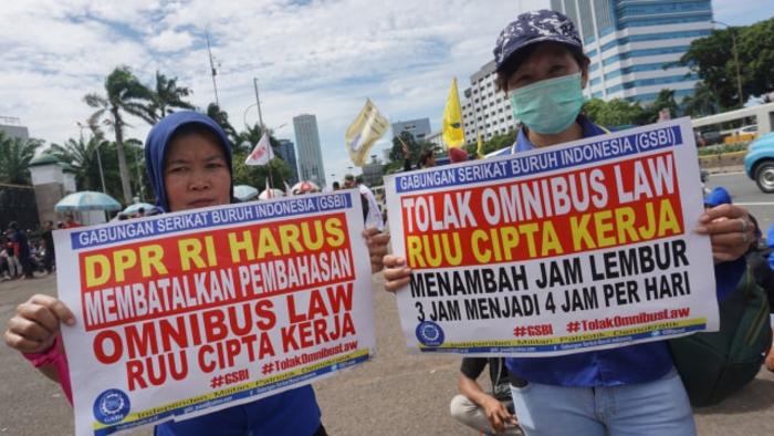 Astaga, RUU Omnibus Law Mengancam HAM