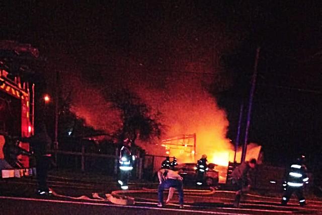 Incendio de madrugada deja una víctima fatal en Casma