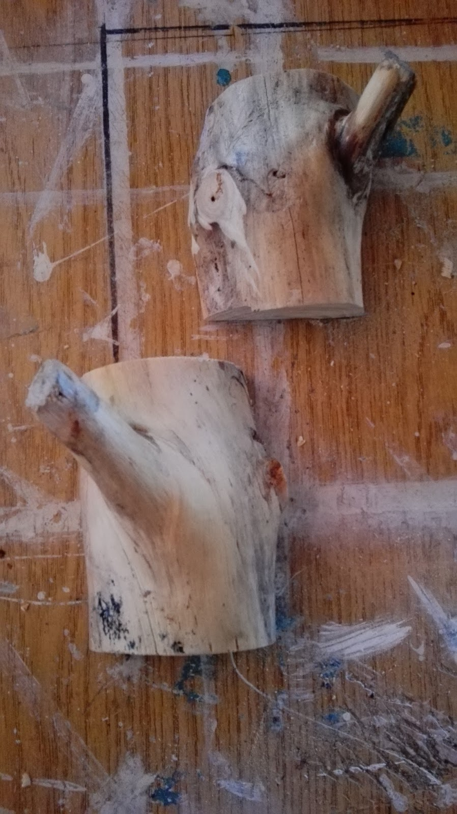Casas de pizarra perchero con restos de poda for Restos de azulejos baratos