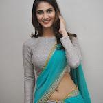 Vaani Kapoor hot photos