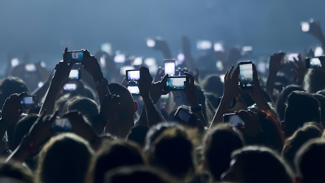 Crowd of cell phones