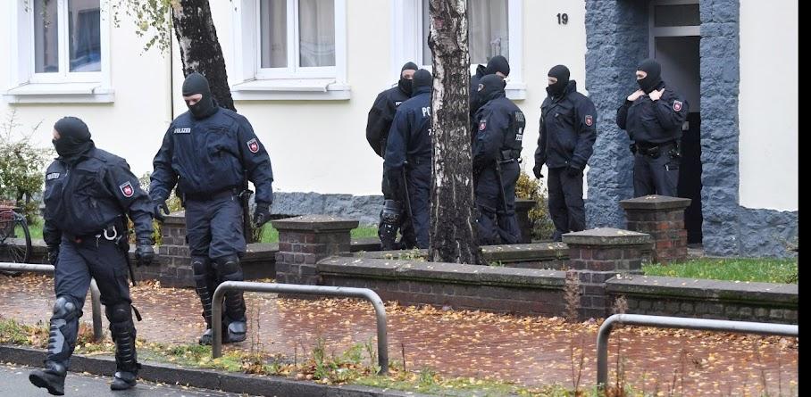 Σκόπια: Σύλληψη μελών του ISIS - Ετοίμαζαν επίθεση, είχαν στρατιωτικό εξοπλισμό