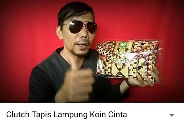Clucth Tapis Lampung Koin Cinta