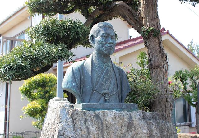 三鷹市の龍源寺にある新撰組局長、近藤勇のお墓を訪ねた【t】