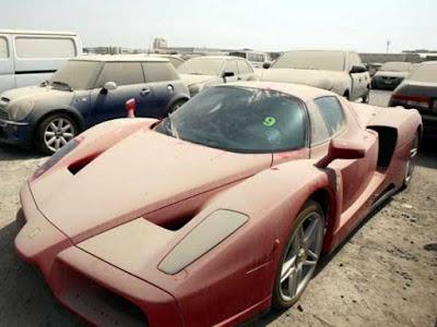 Superautomobili, Zašto su napušteni superautomobili Dubaija?