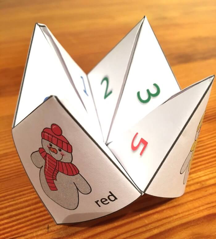 Free Printable Snowman Chatterbox Joke Teller. Includes colour and black white versions.