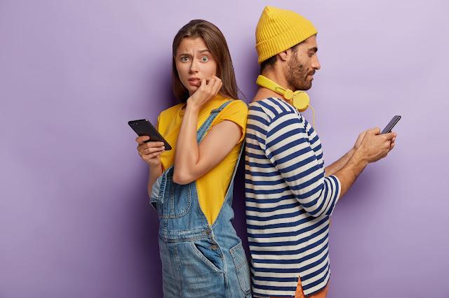 Homens preferem celular ao sexo