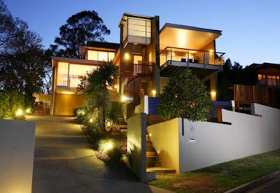 Harmony with extensive exterior