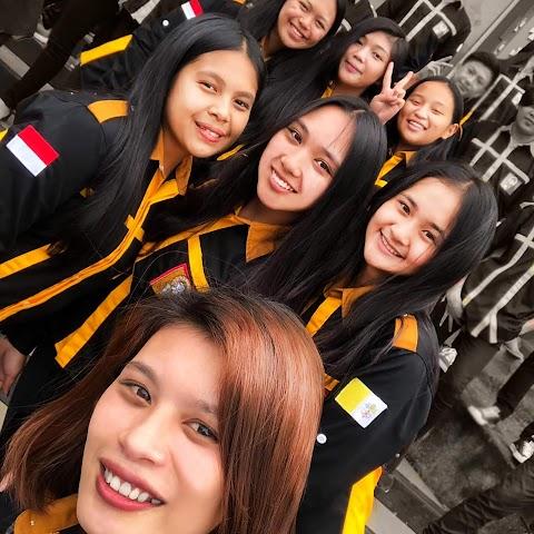 Bikin Kemeja Murah dan Berkualitas di Konveksi Evlogia Bandung, Terpercaya, Melayani dengan Hati