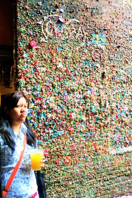 me making a face at the gum wall seattle | gurlayas.blogspot.com