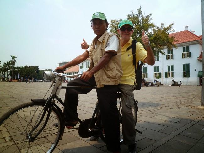 Ojek sepeda en Yakarta