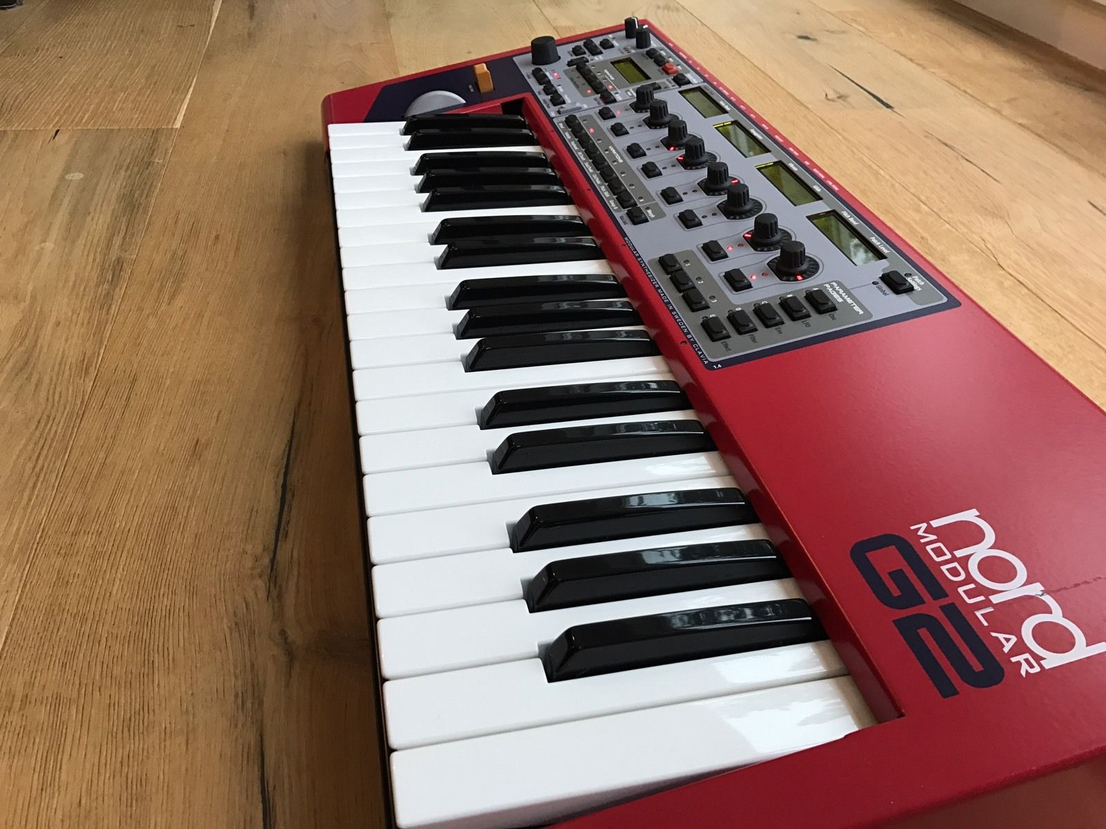 MATRIXSYNTH CLAVIA NORD MODULAR G1 SYNTH RACK with