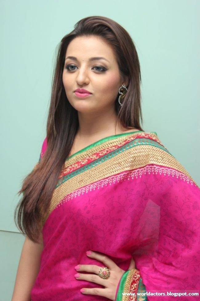 Telugu Actress Sana Oberoi Cute Picture Gallery  World -9101