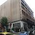 """""""Καταρρεύει"""" το κτίριο - φάντασμα της πρώην Ραλλείου: Έπεσε κομμάτι τσιμέντου στο πεζοδρόμιο της Β. Γεωργίου (FOTO REPORTAZ NET)"""