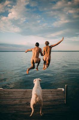 Ventajas y beneficios de practicar sexo en el agua