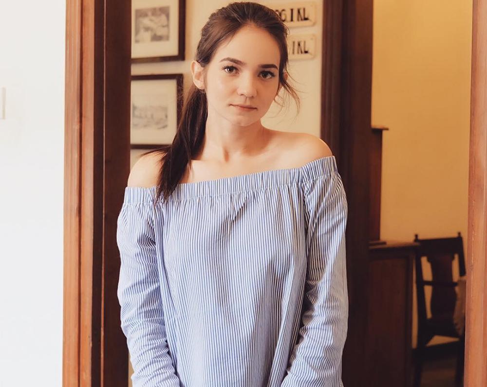 Enzy Storia Pemeran Sarah