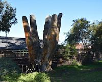 BIG Hand in Bacchus Marsh | Australian BIG Things
