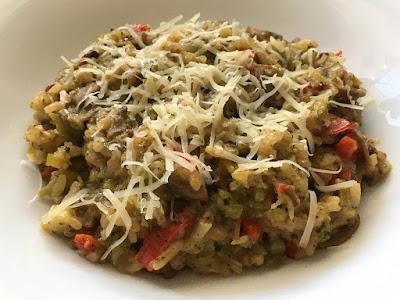 Risotto brokułowe z pieczarkami i tartym serem