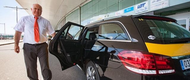 Transfer do aeroporto ao hotel em Madri