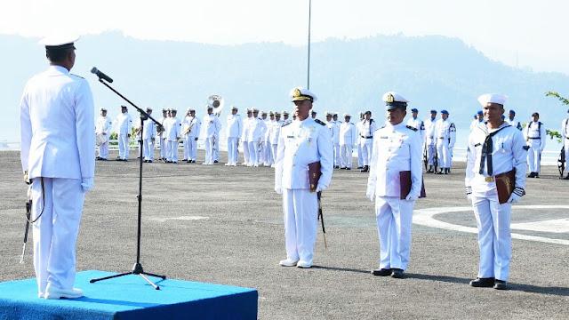 Danlantamal II Irup Upacara HUT TNI AL Padang