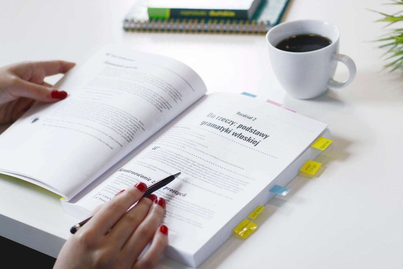 nauka języka obcego z podręcznika, metody nauki języka