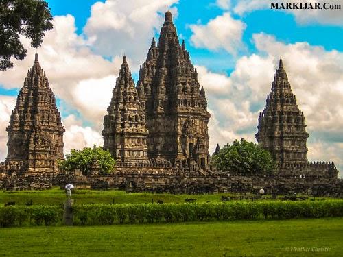 Pengaruh Perkembangan Hindu Buddha Pada Masyarakat Indonesia