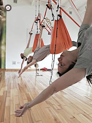 yoga aéreo, aeroyoga, yoga aérea, aerial yoga, air yoga, formación yoga aéreo, yoga aéreo argentina, yoga aéreo españa, aeropilates, buenos aires, profesorado