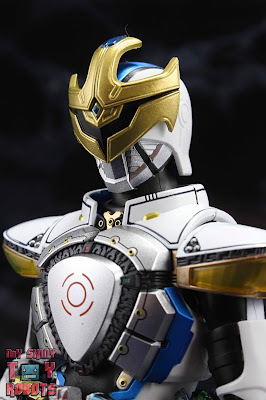 S.H. Figuarts Shinkocchou Seihou Kamen Rider Ixa 01