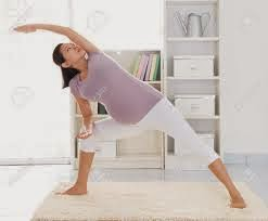 pregnant-woman-exercising-her-body