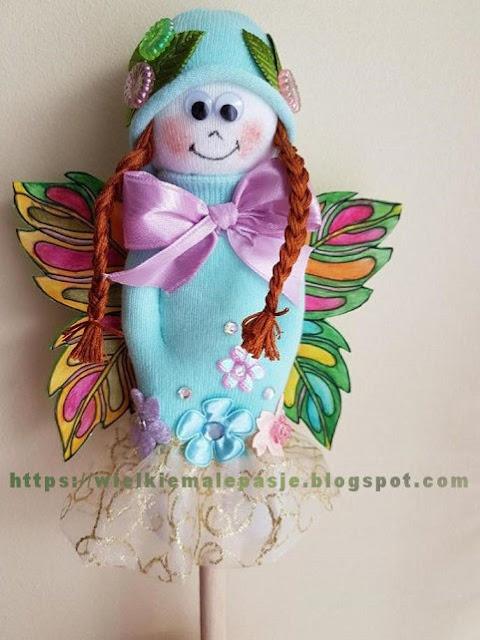skarpetkowe lalki, skarpetkowe wytwory, lalki ręcznie szyte, kukiełka