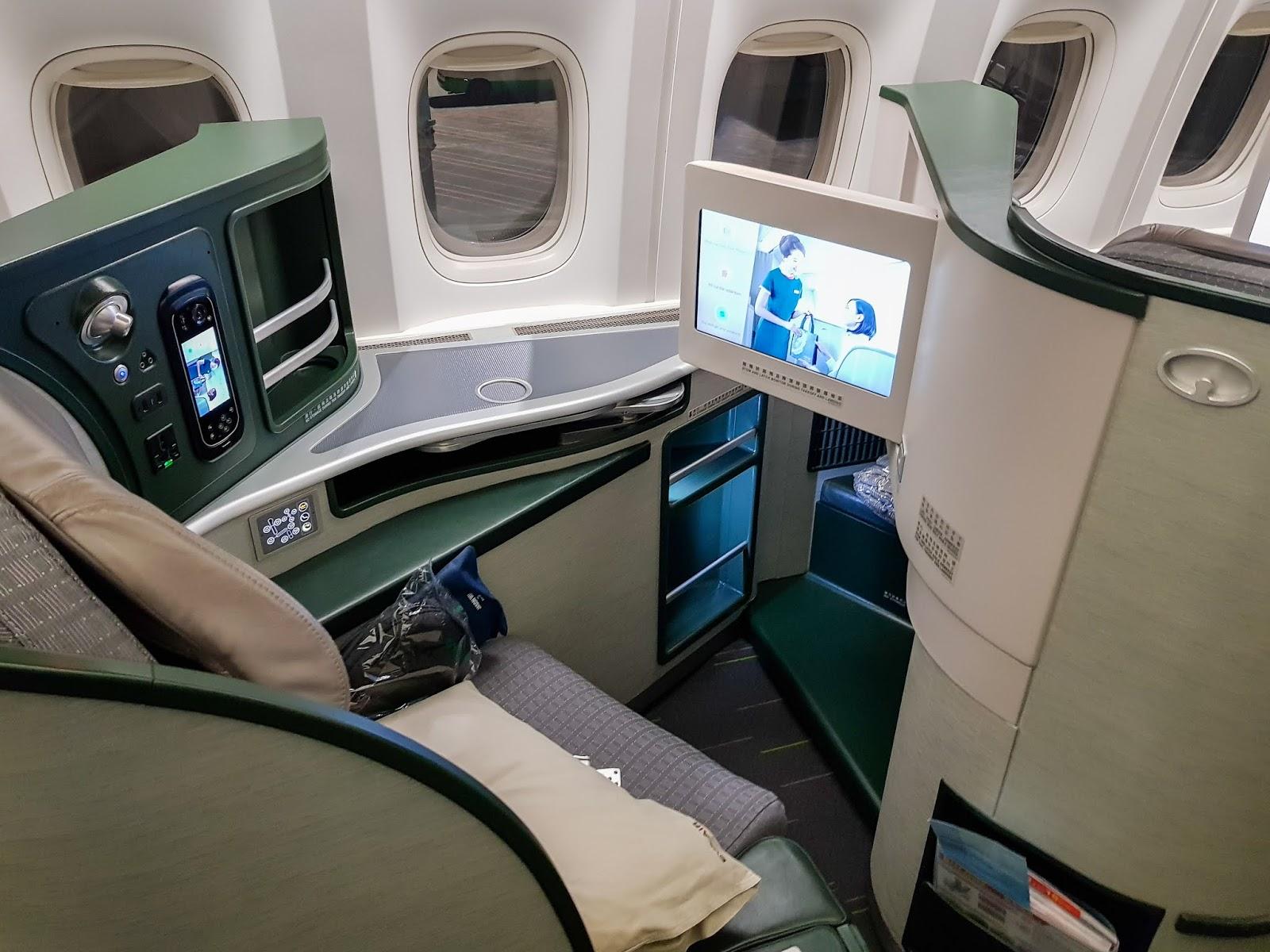 飛行|長榮航空 77W 商務艙 BR87 桃園→巴黎 TPE-CDG