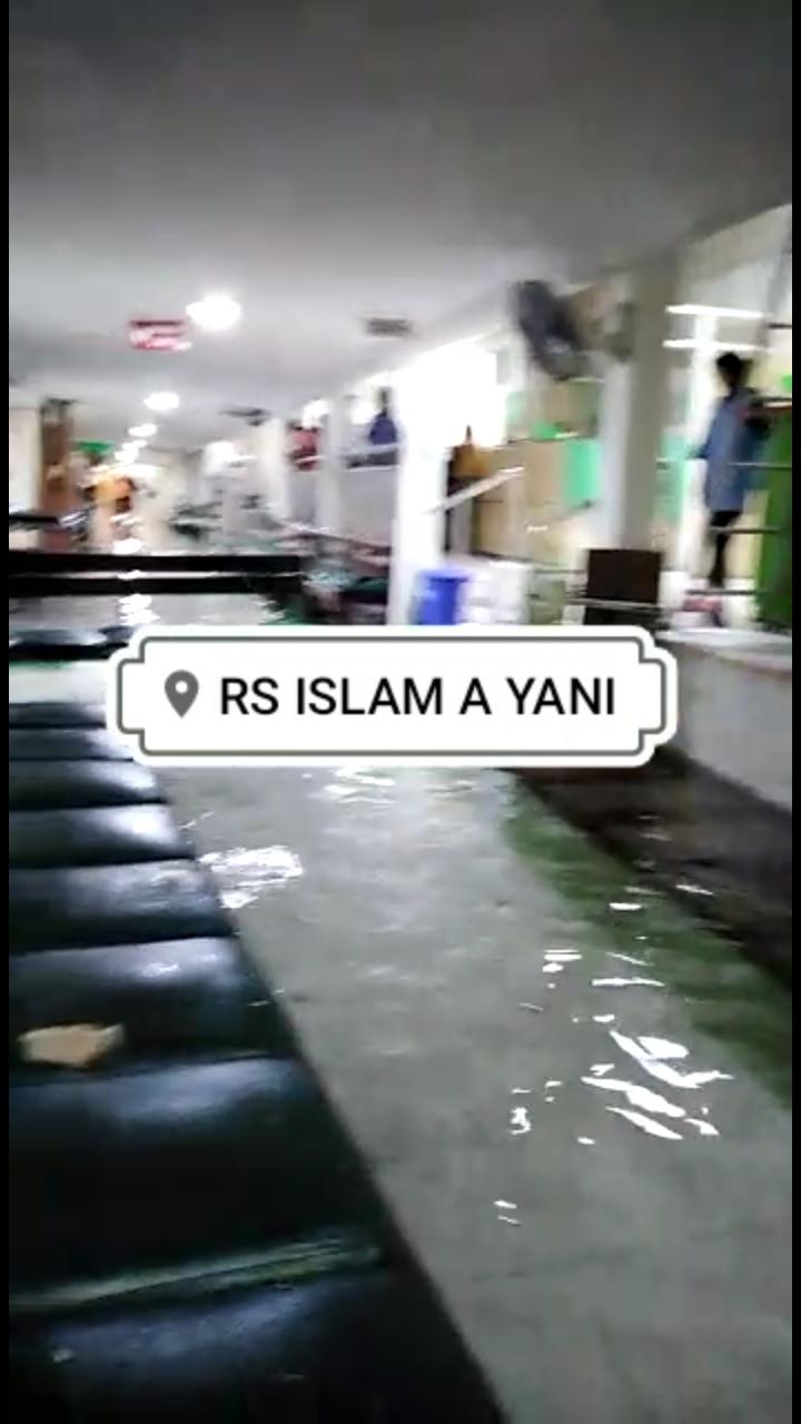Tak Diliput Media, Begini Pemandangan Miris Banjir Surabaya