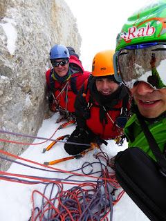 Fernando Calvo Guia de alta montaña UIAGM Picos de Europa , escaladas , ascensiones al picu urriellu , camp , casin , rab equipment , lowe alpine