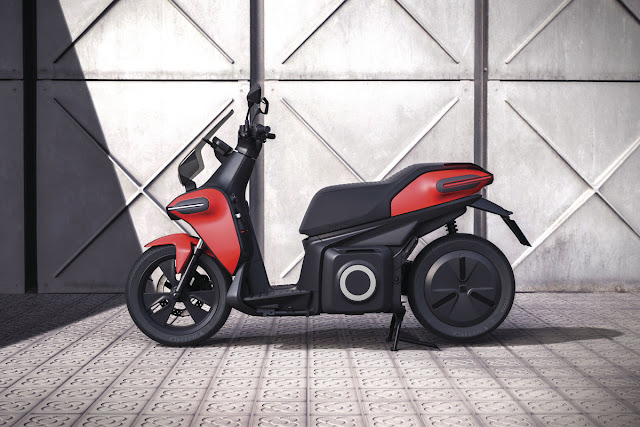 SEAT-e-Scooter-concept-1