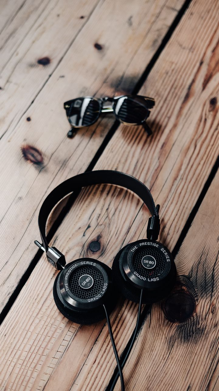 Hinh nen headphones%2B%252827%2529