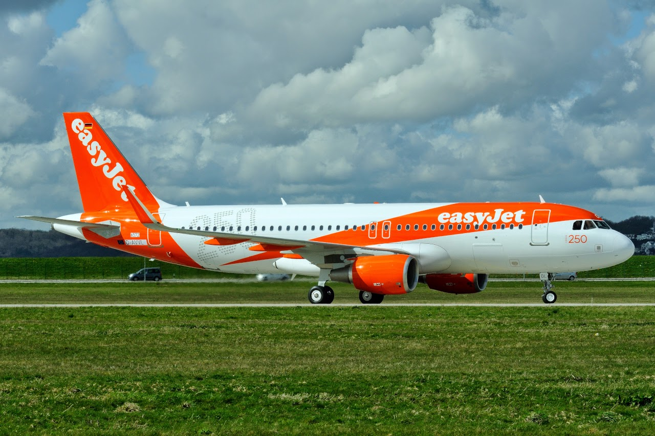 easyjet - photo #22