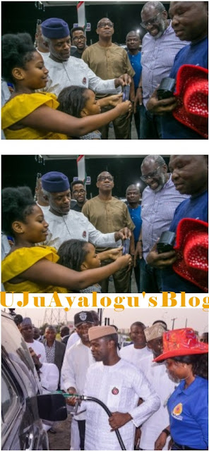 Fuel Scarcity: VP Osinbajo Sells Fuel To Citizens At Filling Station (Photos)