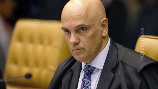 alexandre afasta delegado investigava interferencia bolsonaro