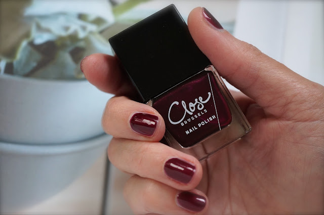 Close Nail Polish '602 Electric Nights'