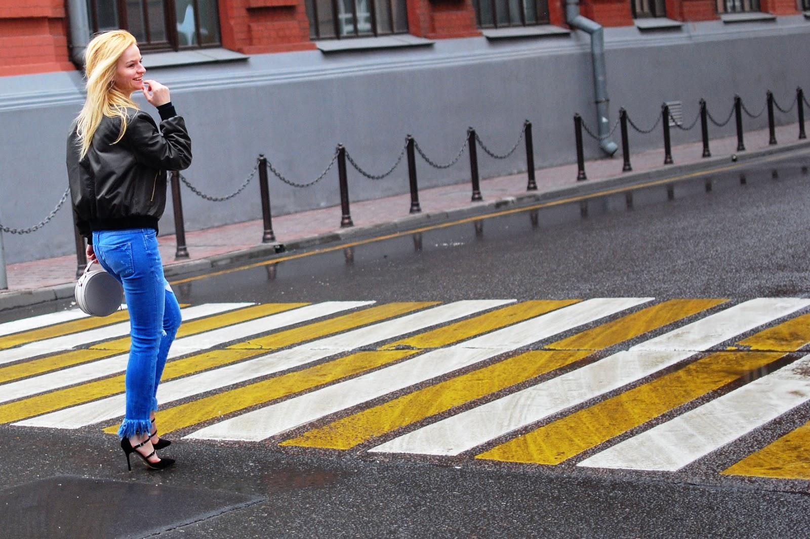 с чем носить бомбер весной, уличная мода луки 2016, модные девушки москвы, лучшие блоггеры россии