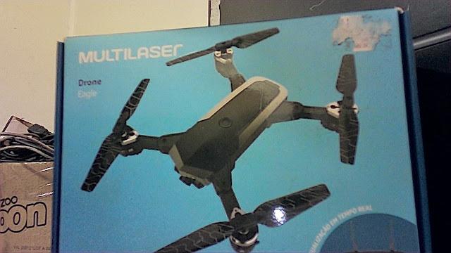 Foto da caixa do drone Multilaser Eagle ao usar o aplicativo
