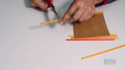 cara membuat bingkai dari sedotan plastik