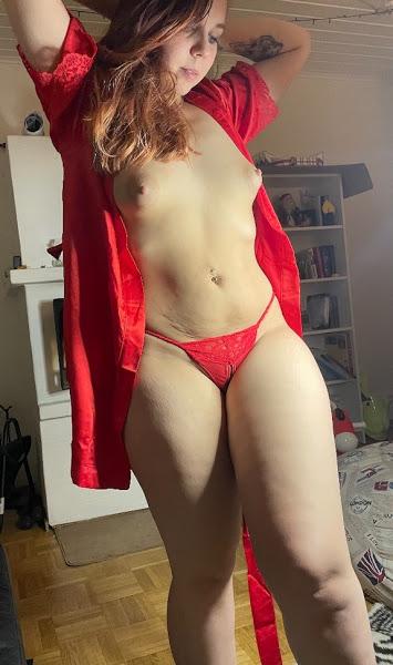 Sexy Latina Girls Nude Pics
