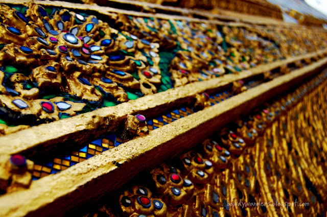 bowdywanders.com Singapore Travel Blog Philippines Photo :: Thailand :: Wat Arun Temple in Bangkok, The Temple of Dawn