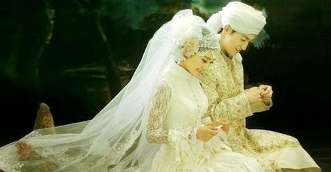 Suamiku Sayang.. Bacalah 15 Hal Ini, Insya Allah Engkau Semakin Sayang Padaku