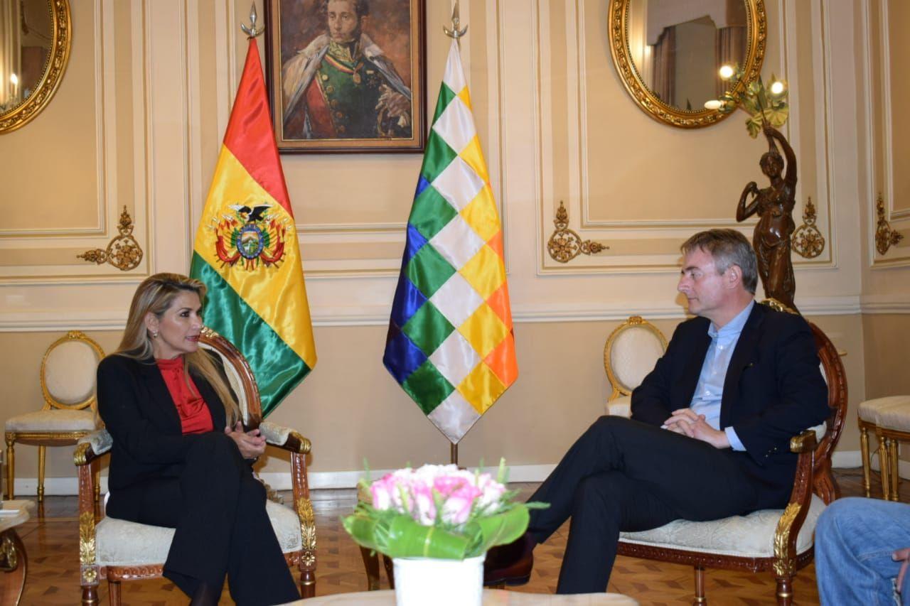 La presidenta Añez con De la Torre en Palacio de Gobierno, el sábado / ABI