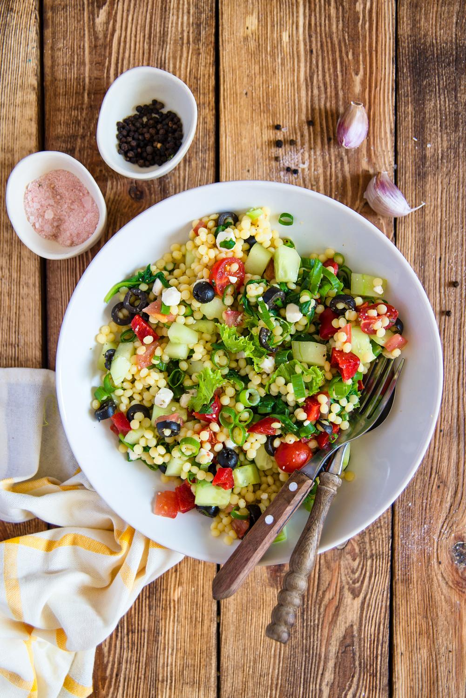 Sałatka z kuskusem perłowym i warzywami