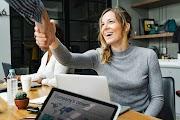 Çalışan kadınlar için giyim önerileri